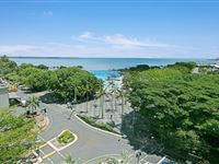 3 Bedroom Ocean View Apartment - Mantra Esplanade